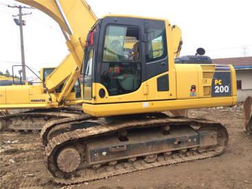 出售二手小松200-7挖掘机