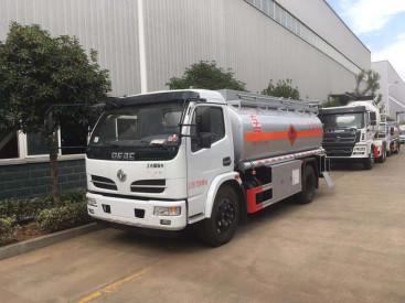 供应厦工2-30吨油罐车各品牌各容量的油罐车供您挑选
