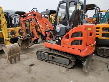兰州个人二手挖掘机,出售二手13 15 20 25 35 60 70 130挖掘机