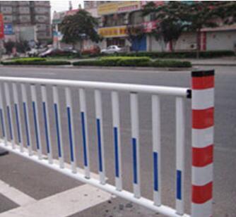 供兰州锌钢草坪围栏和甘肃锌钢道路围栏报价