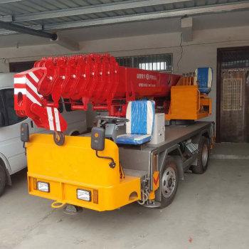 16吨自制吊车 变形金刚汽车起重机 中小型吊车生产厂家