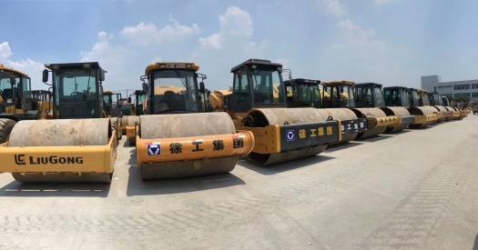 二手振动22吨26吨压路机 上海二手压路机市场 个人二手徐工 柳工压路机买卖