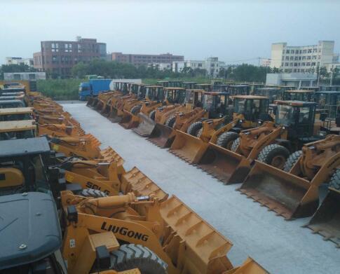 轉讓二手20 30 50裝載機 上海二手鏟車市場 側翻|夾抱|加長臂裝載機 柳工龍工臨工鏟車