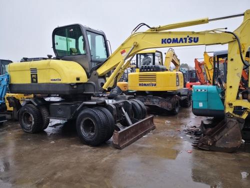出售二手小松60-75-150轮式挖掘机