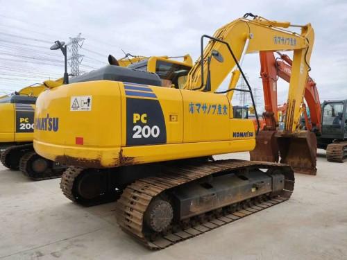 西安二手挖掘机市场,出售小松200、220、240、270和360等二手挖掘机,支持分期,质保一年