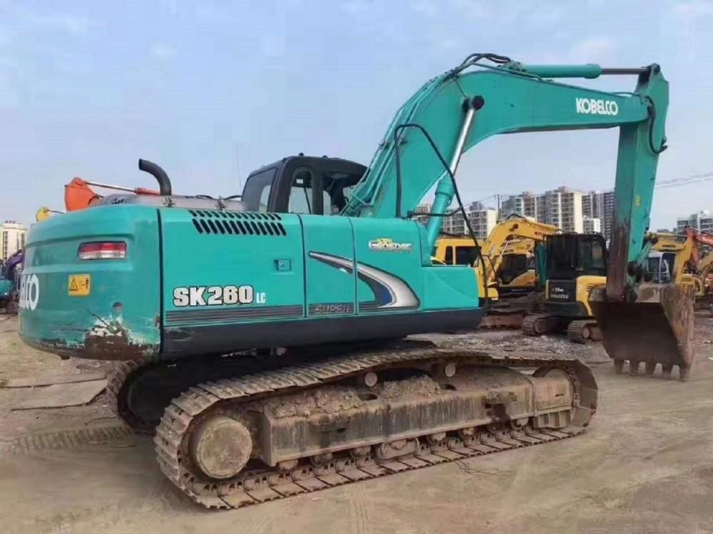 乌鲁木齐转让原装精品二手挖掘机神钢200、210、260、330和350等,免费包运