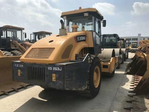 出售9成新徐工18吨20吨22吨26吨震动压路机