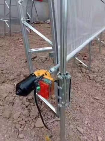 厂家批发大棚卷膜器大棚电动卷膜器供应温室大棚自动放风机