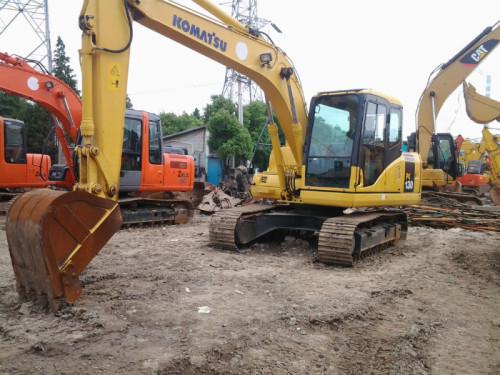 出售二手小松PC130挖掘机,原装纯土方车,质优价廉