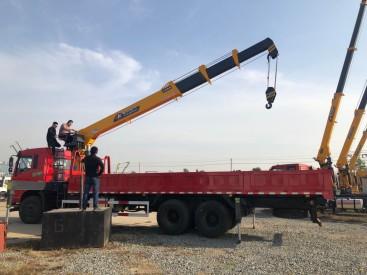 供应程力吊机随车吊后八轮玉柴240马力270马力随车吊程力12吨随车吊