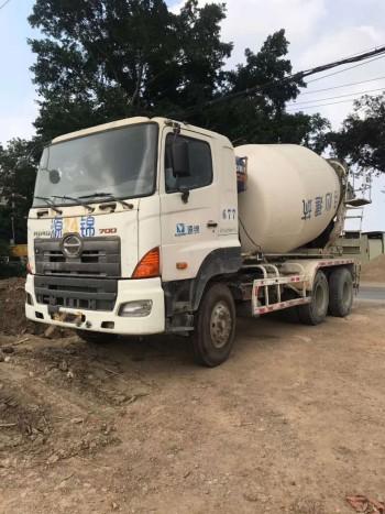 崇左加强监管工地的国三日野700大10方方水泥罐车就得便宜处理