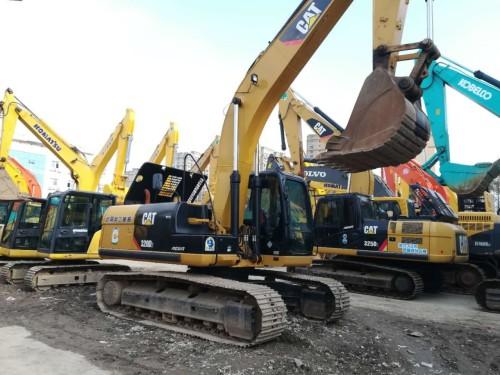 广东周边,低价转让二手卡特、三一重工、小松和神钢挖掘机,包运可分期
