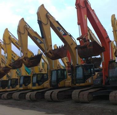 小松、卡特、日立、沃尔沃、三一等二手挖掘机低价出售