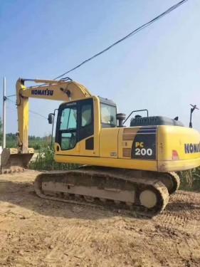 直销福州二手挖掘机,小松200-8,220-8,240-8和360等