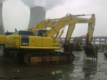 小松挖掘机维修售后 服务站-无力动作慢  大臂慢 温度高