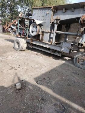 出售二手1416移动式破碎站柴油机石料破碎机石灰石破碎机