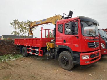 四川厂家直销随车吊徐工8吨10吨12吨14吨16吨随车吊可分期付款