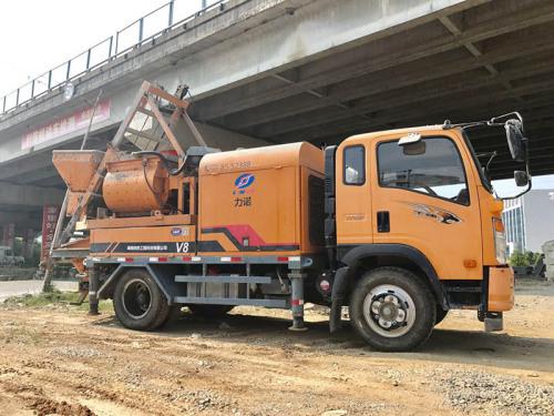 出售二手力诺搅拌车载泵混凝土车载泵拖泵V13467396868