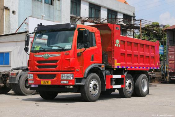 单桥自卸车享受三轴车的载货质量 解放龙V6x2R合法多载7吨