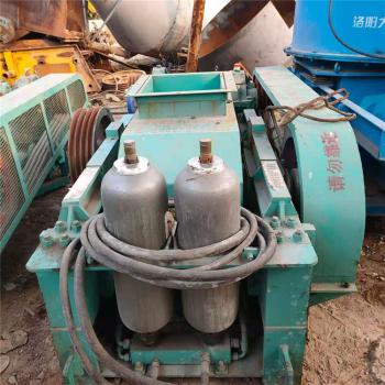 二手对辊式破碎机  400/600液压对辊破碎机  石头破碎机
