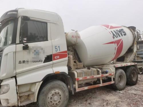 广西来宾转让14年三一C8国四大10方罐搅拌运输车
