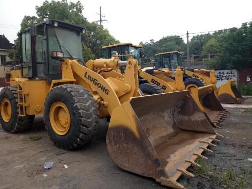 出售优质二手装载机,龙工 柳工50,30二手铲车