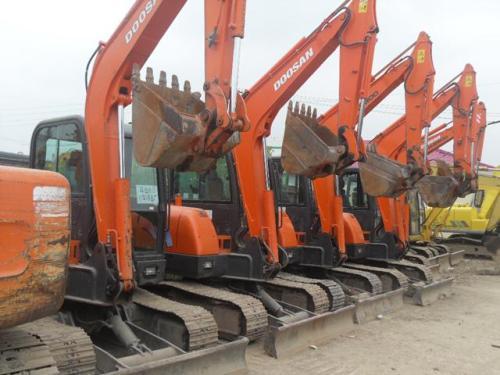 小型50、60、65、70、75、80等二手挖掘机低价出售