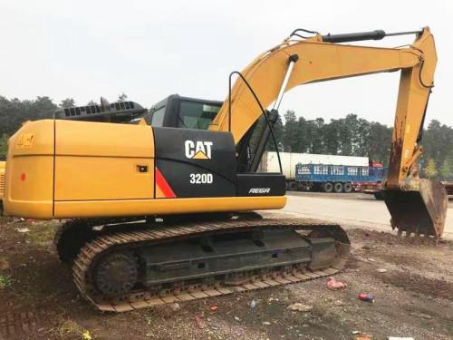 重庆二手挖掘机市场转让二手卡特320、323、336挖掘机,原装进口可以分期付款