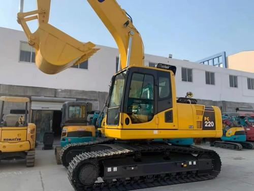 新疆转让原装小松系列200 220 240新款二手挖掘机