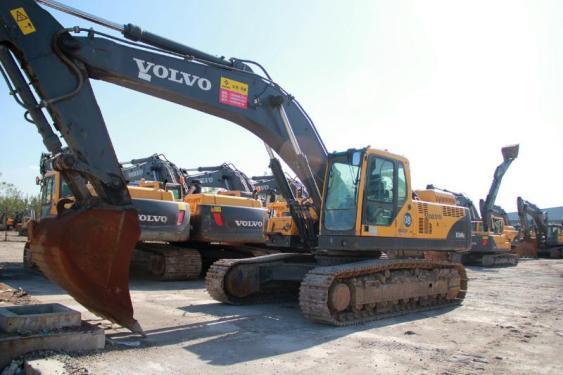 沃尔沃210、240、290、360等二手挖掘机低价出售