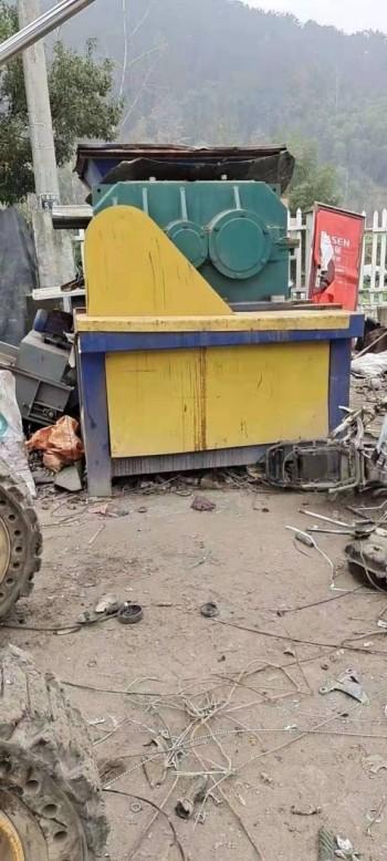 出售二手同丰机械1000型属撕碎机配45kw电机7.5万