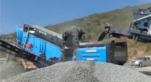 出租建筑垃圾处理设备, 移动式破碎站, 反击式移动破碎机, 移动反击式破碎机, 产量大, 货源足,随叫随到