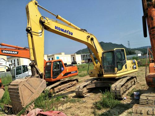 出售二手小松PC240挖掘机 保修一年 全国免费送货