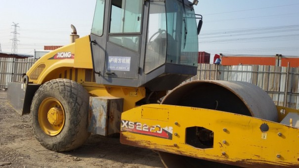现货转让二手徐工,柳工20吨22吨26吨单钢轮振动压路机