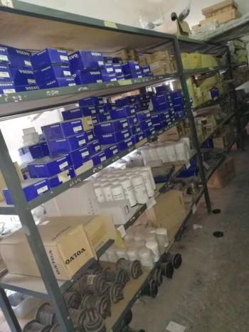 200多万原装沃尔沃挖掘机配件寻接盘,打包处理,55-460都有
