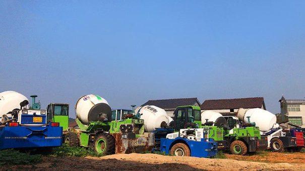 二手混泥土搅拌车自动上料