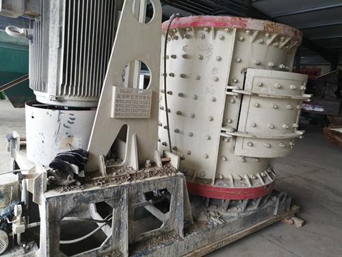 出售二手石灰石破碎机1500立轴制砂机破碎机煤矸石破碎机打砂机