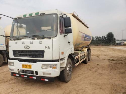 常年出售二手东风天龙,华菱,陕汽德龙等各品牌干混砂浆运输车