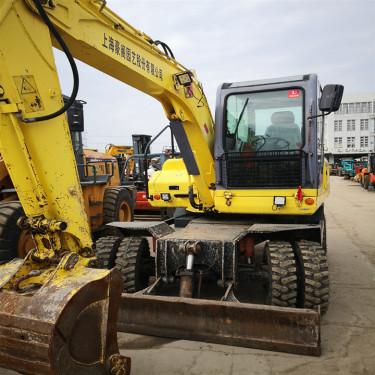 深圳 福州 南宁二手挖掘机市场优惠出售小松PC70-8轮式二手挖掘机